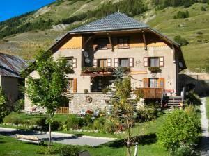 Maison d'hôte, chambres d'hôtes, hébergement dans les Alpes